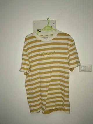 🚚 guess t shirt