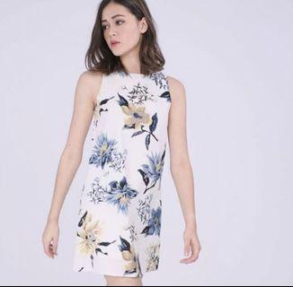 🚚 RWB floral shift dress