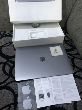 Macbook Air 2018 MRE82 ID Space Grey Garansi Resmi iBox