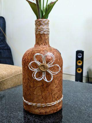 🚚 Handmade Beautiful Vase with Flowers