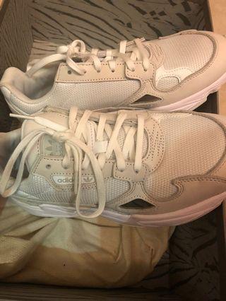 Adidas falcon sneaker 運動鞋 波鞋