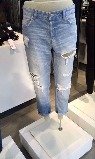 🚚 H&M 7分牛仔褲
