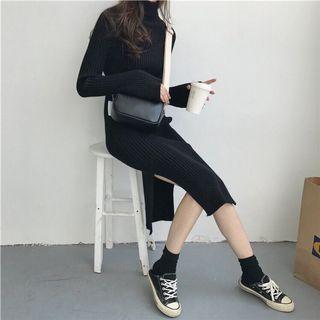 🚚 黑色針織連身裙