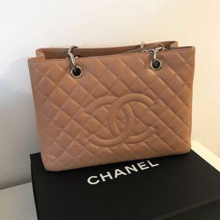 Chanel GST beige medium shw