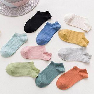 5p for $6 Women candy ankle socks