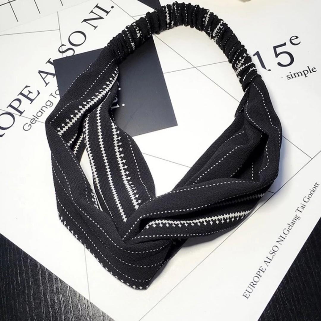 4-20 Beautiful Elastic Headband in Black, Headband, Hair Band Turban