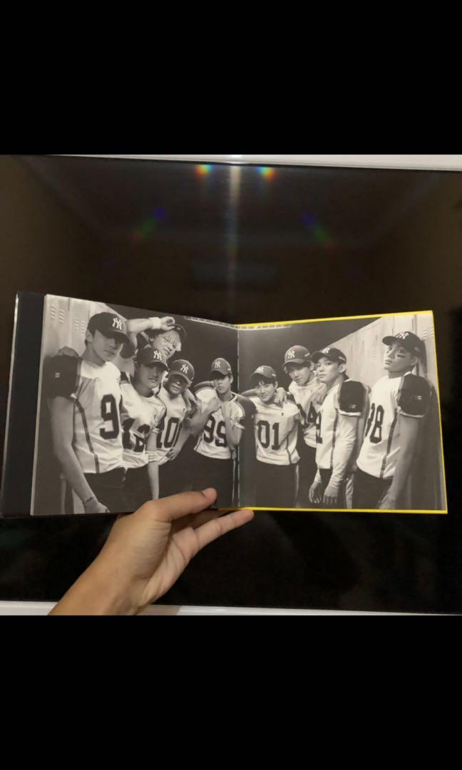 EXO - Love Me Right (Repackaged Album) [Korean Ver.]