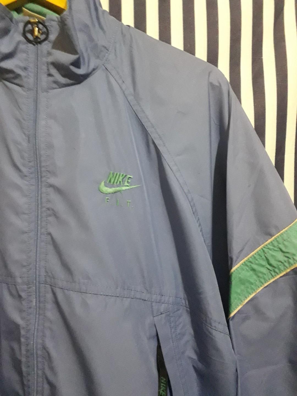 Jaket Nike Vintage