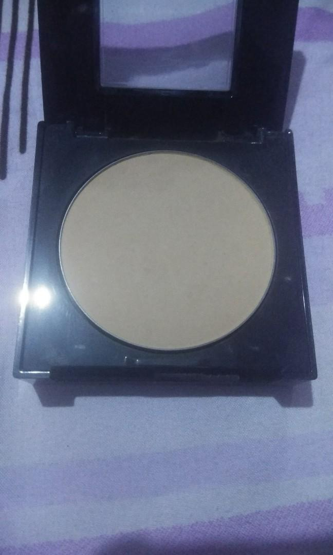 Maybelline Fit Me Powder Matte + Poreless 230