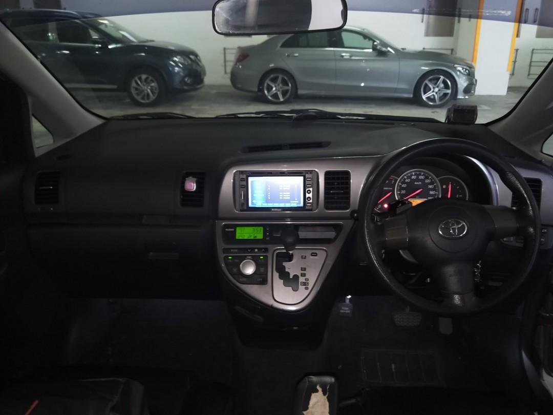 Toyota Wish 1.8 X Auto