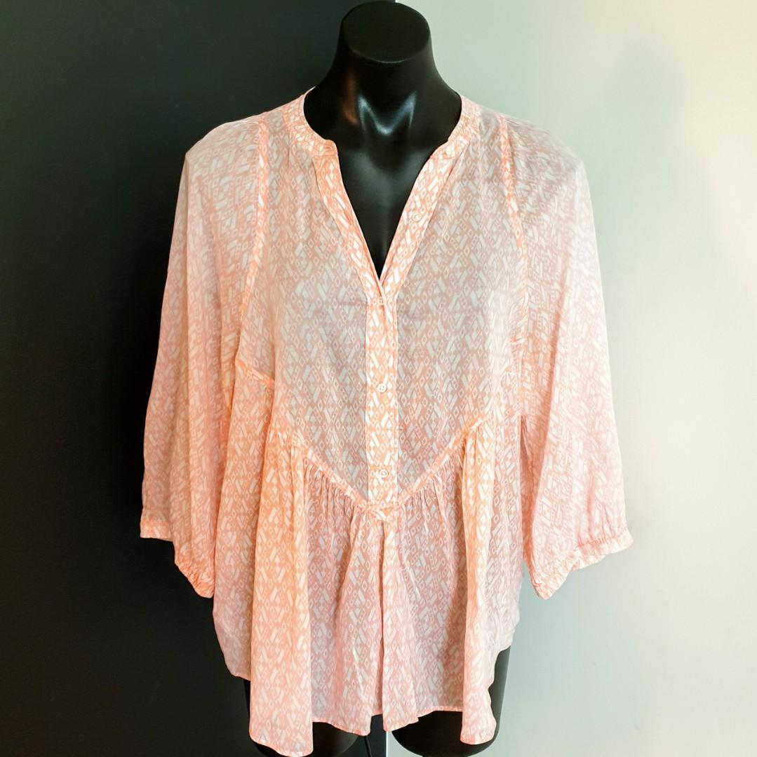 Women's size M 'COUNTRY ROAD' Gorgeous pale orange flowy long sleeve cotton blouse - AS NEW