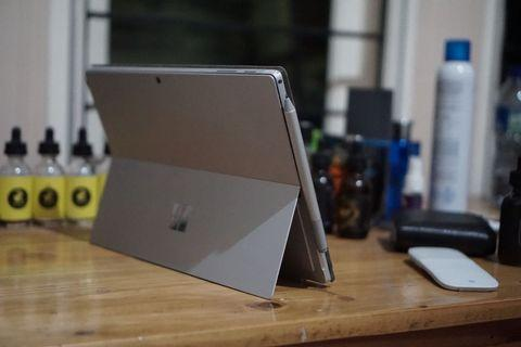 Want to Sell Microsoft Surface Pro 5 (2017)-(FULL SET)