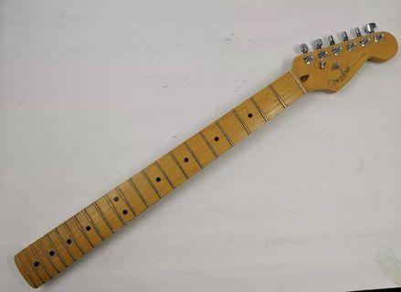 徵求Fender Stratocaster American standard maple neck