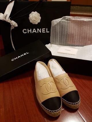 Chanel Espadrilles 37 lamb skin leather beige and black