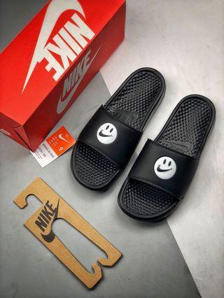 Simley x Nike Benassi JDI潮流拖鞋