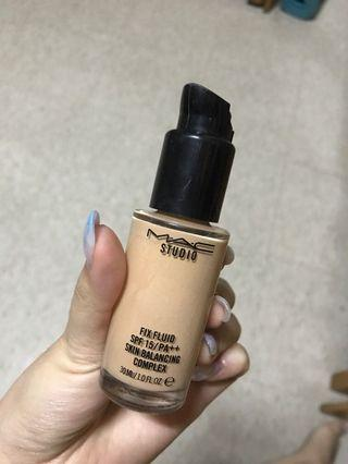 MAC studio fix fluld Foundation 粉底液
