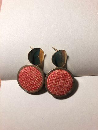 復古紅針織耳環