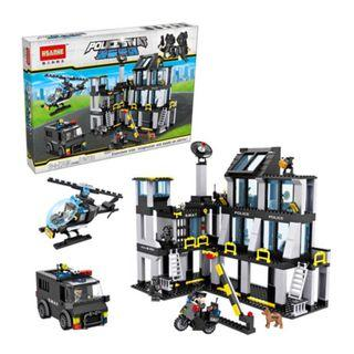 Lego-compatible SWAT police station set