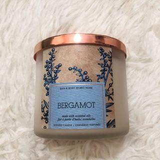 Pre 💓 bath & body works bergamot 3 wicks candle #JuneToGo