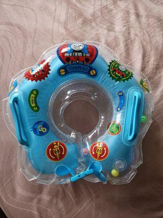 Ban baby berenang
