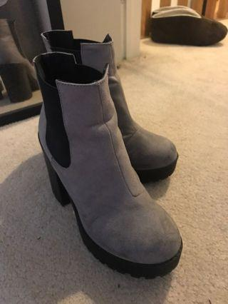 Grey Ankle boots - size 36