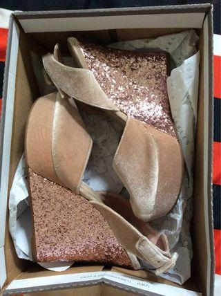 Charles & Keith Bling bling Wedges