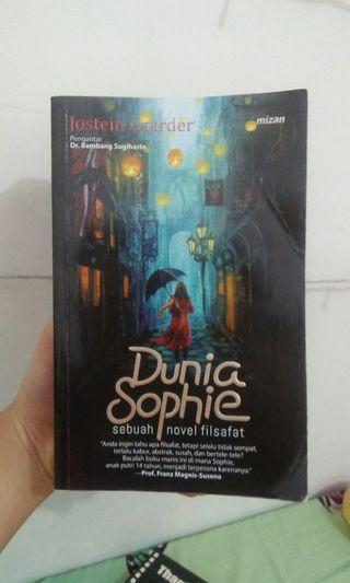 Dunia Sophie Novel Filsafat