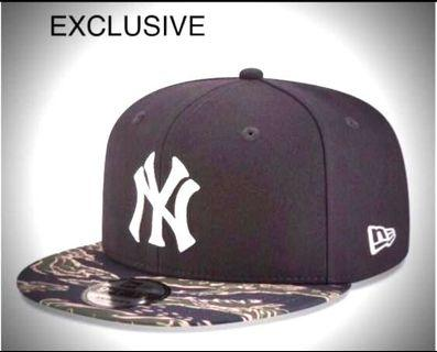 New Era Cap  NEW YORK YANKEES TIGER CAMO 9FIFTY SNAPBACK    💯% authentic & brand-new   Made of 100% wool woven  Color: BLack - TIGER CAMO  SIZE /adjustable  ONE SIZE FITS ALL