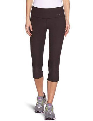 🚚 Nike Dry-Fit Tight Training crop