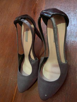 High heels (tanpa box)