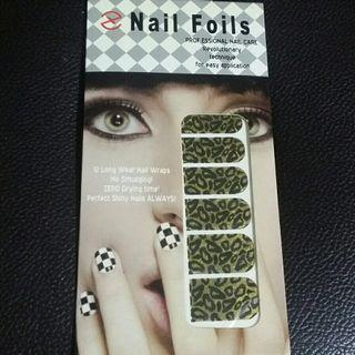 Pretty Gold and Black Shimmering Glittery Nail Foil Nail Wrap Nail Stickers