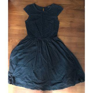 Dorothy Perkins preloved black dress