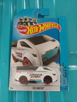 [暑假減價優惠]全新風火輪白色貨車 white color hotwheels the vanster van