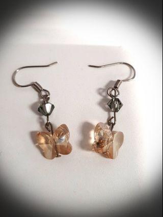 🚚 Earrings butterfly design