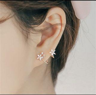 Korean S925 Silver Flower Arc Earrings Female Curved Ear Clip Studs