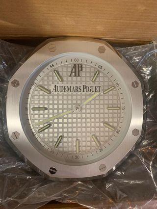 🚚 Audemars Piguet Royal Oak Wall Clock