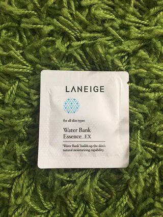 laneige water bank // laneige water sleeping mask
