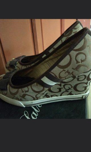 Authentic Guess wedge shoes