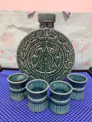 🚚 中南美洲 陶瓷造型 酒瓶杯組