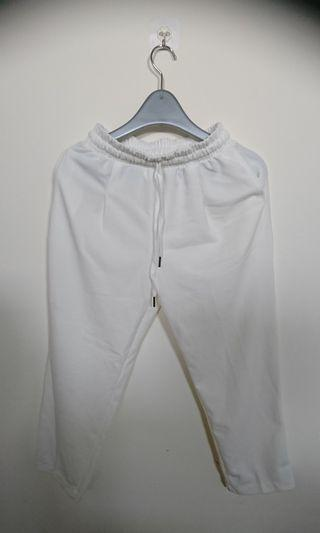 🚚 白色時尚休閒褲