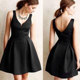 🚚 A-Line Mini Black Dress