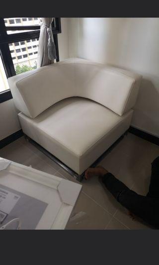 🚚 White L shape sofa