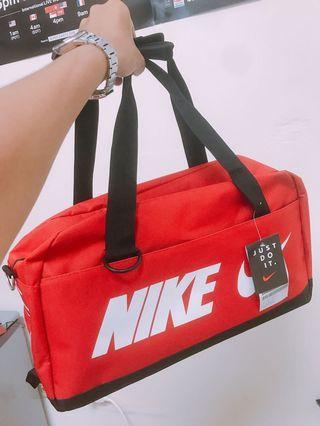 Nike行李袋