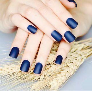 🚚 Dark Blue Matte nails