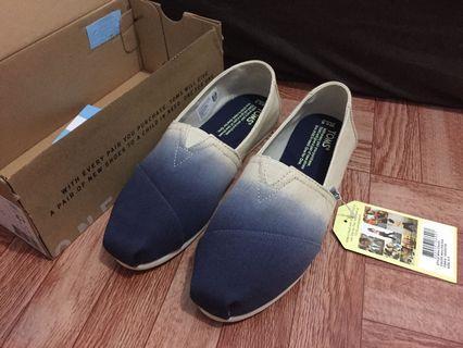 TOMS Shoes - FREE Ongkir Jabodetabek