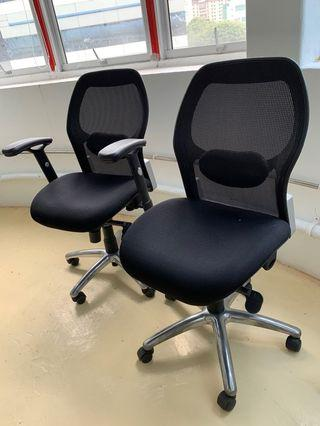 🚚 Office Chairs 4 nos 2 with armrest and 2 without