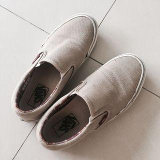 Vans 卡其鞋子 23.5