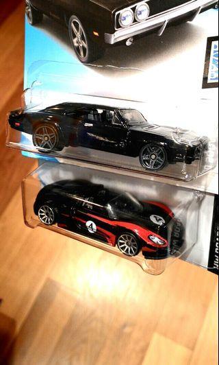 Hotwheels Dodge n Porsche roadster.