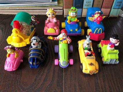 Toys characters on car train vehicles x 9 pcs