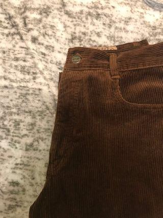 棕棕燈芯絨褲褲